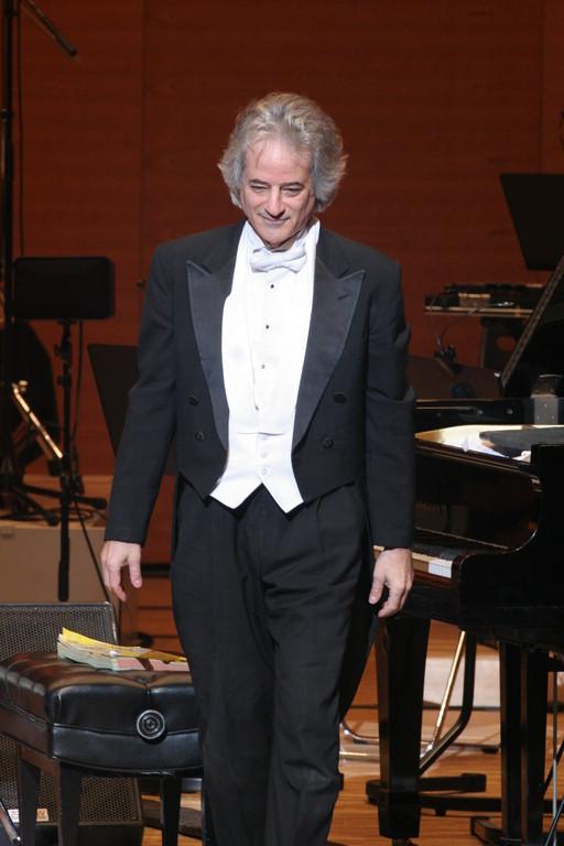 しかし、最後はきちんとチャイコフスキーのピアノコンチェルトを演奏。実は素敵な紳士のザイドウィグさん。来日、ありがとうございました!