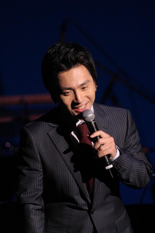 ソウルフルな歌声と、トーク時の笑顔に魅了されました。
