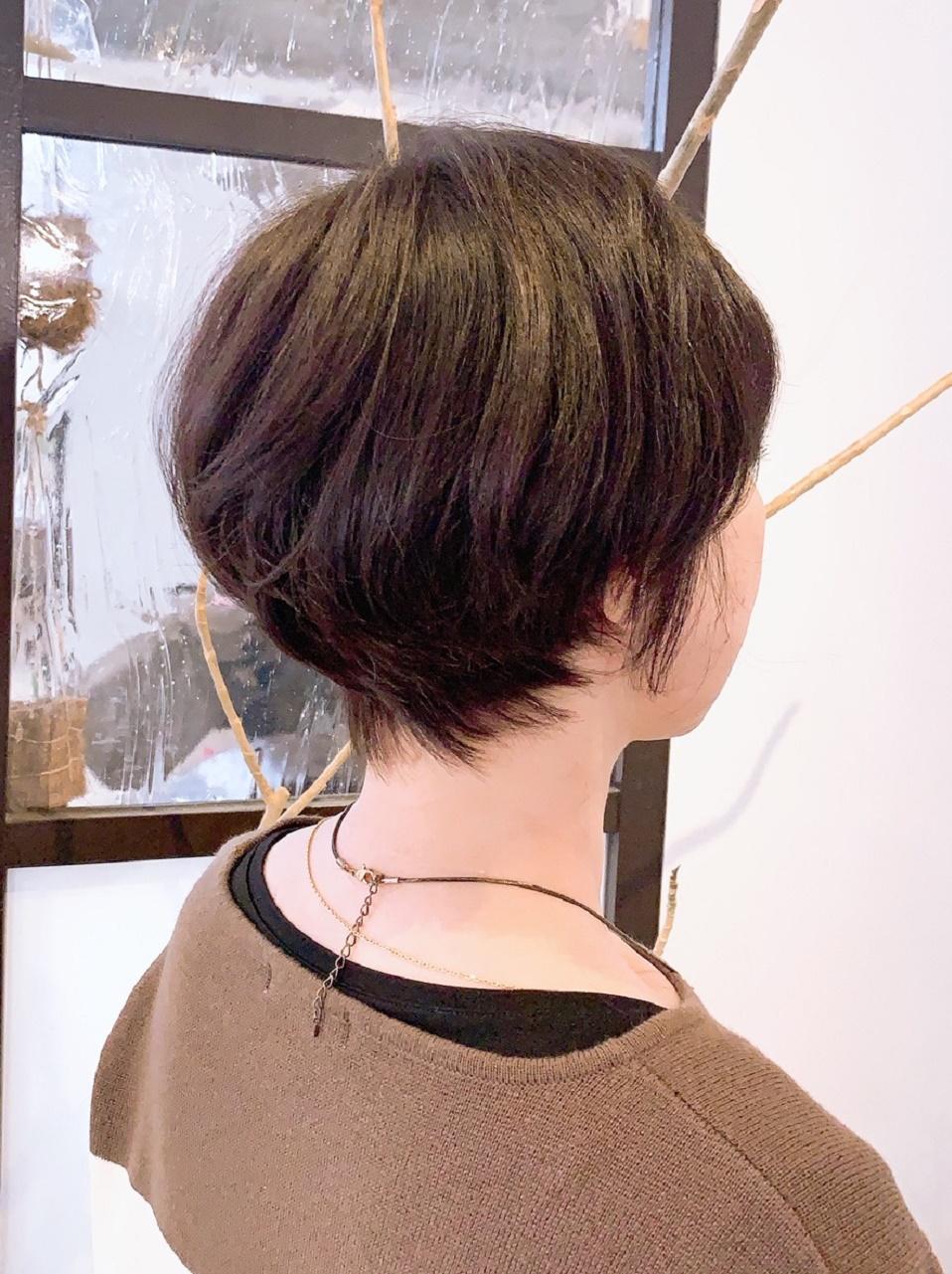 くせ毛を生かしたショートスタイル