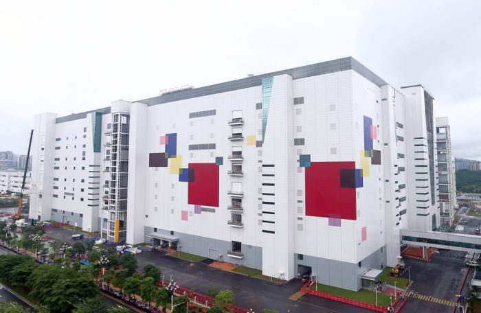 LGディスプレー、中国広州8.5世代OLED工場全景(写真= LGディスプレー)