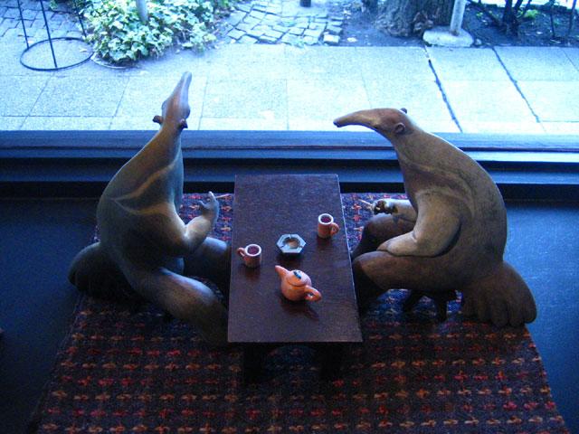窓際の小話 2008 桐塑 石塑 アクリル着彩
