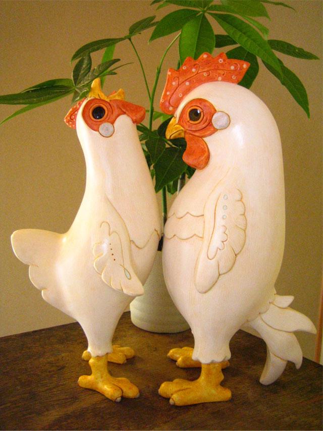 鶏宴 2009 桐塑 石塑 ガラス アクリル着彩