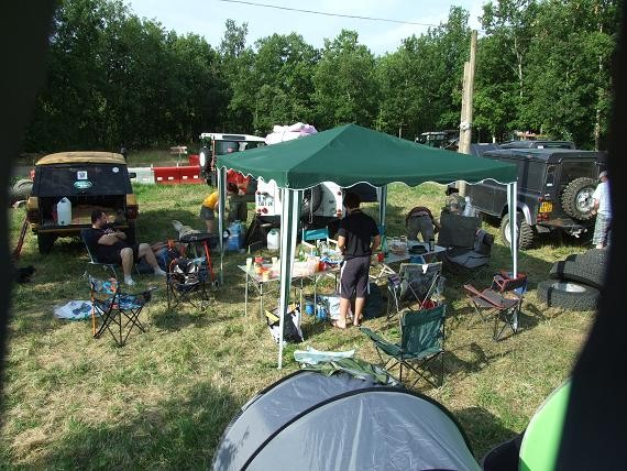 P'tit dej et montage de tente