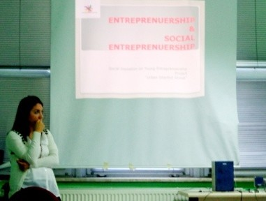 Presentation about social entrepreneurship, entrepreneurship and social projects.