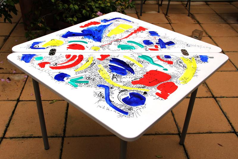 Table - 80 x 80 cm