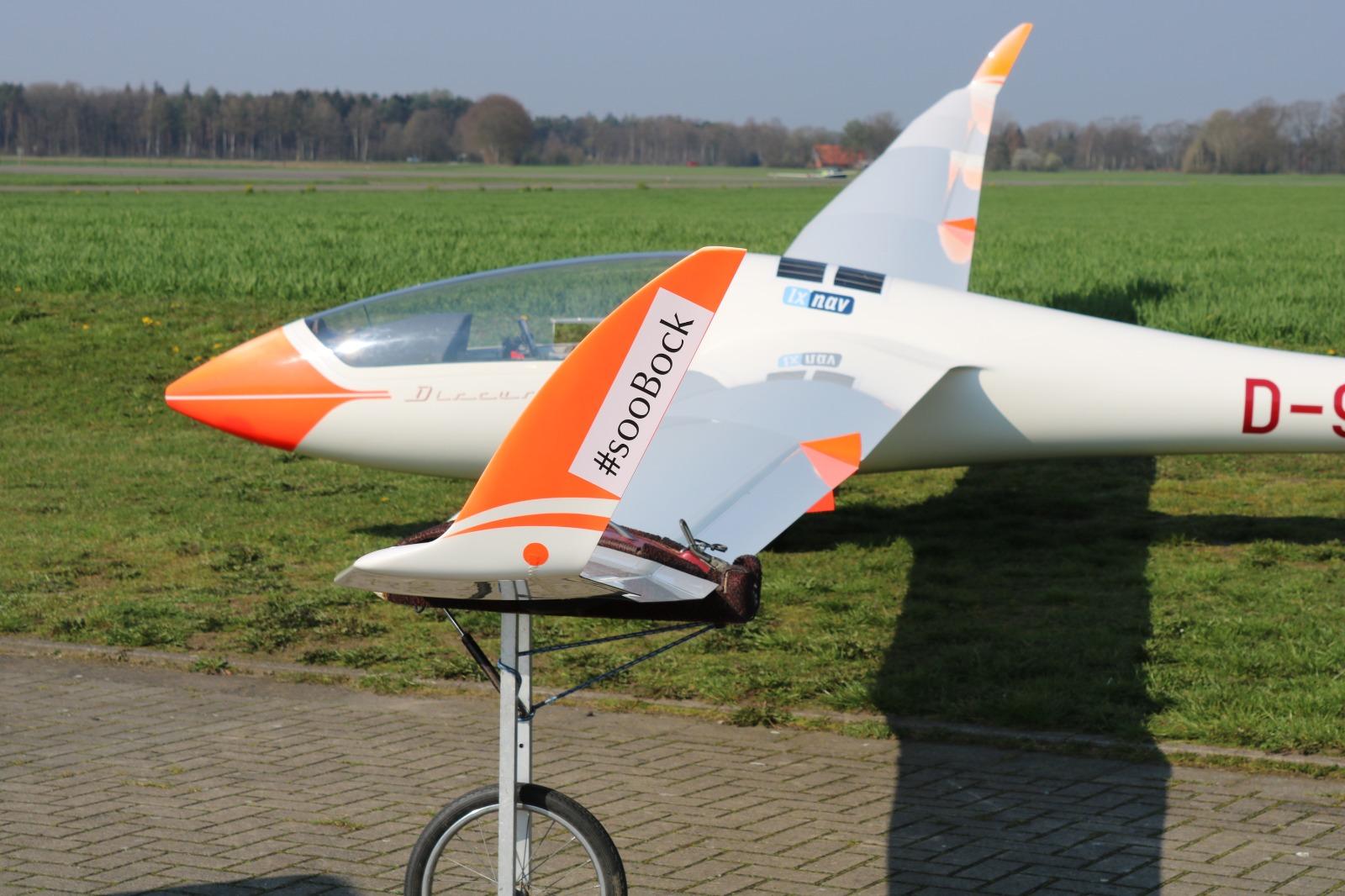 Christoph fliegt mit dem Discus 2b vom Förderverein Leistungssegelflug NRW e.V.