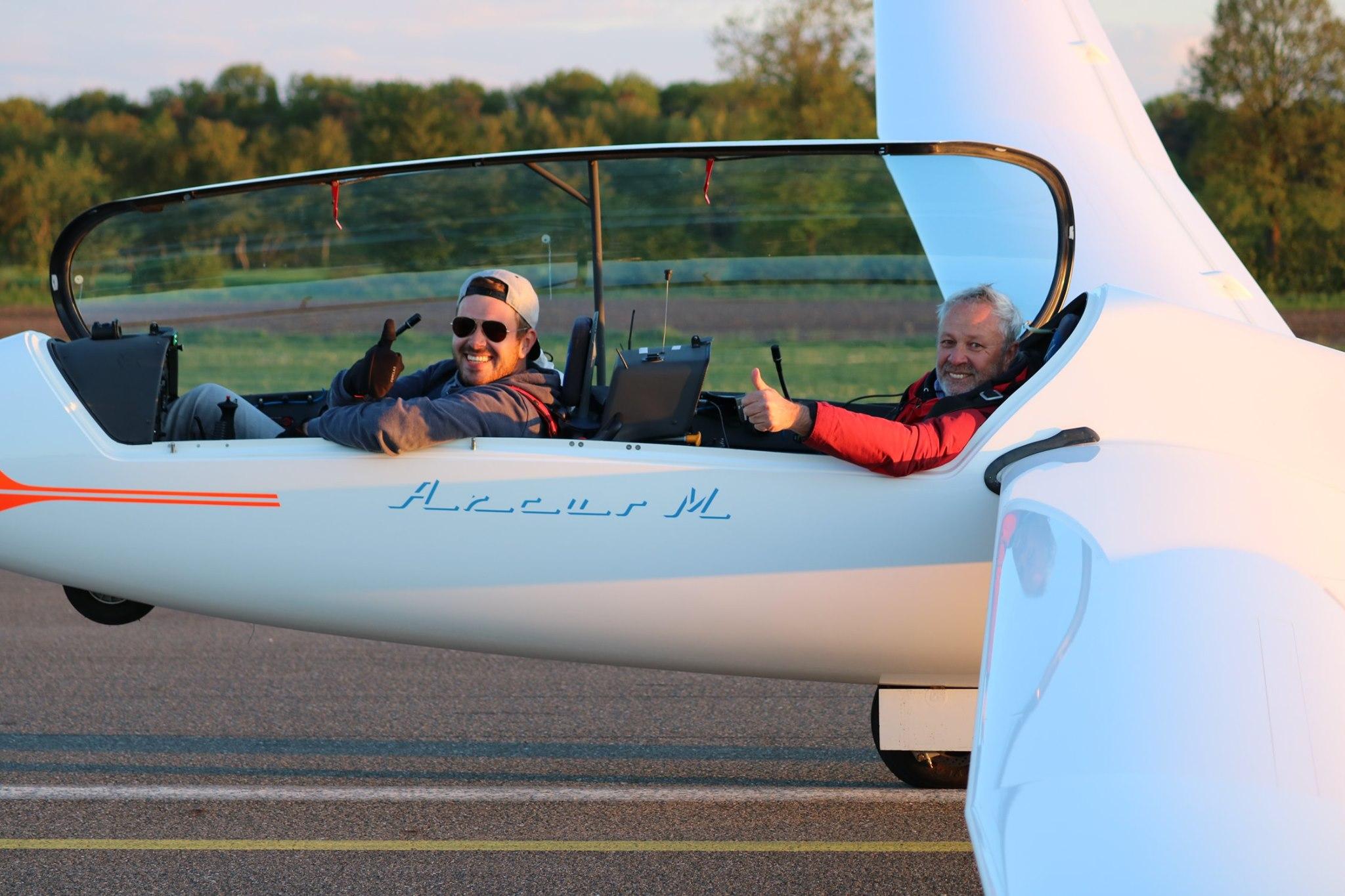 Flug 1: Max und Bernd