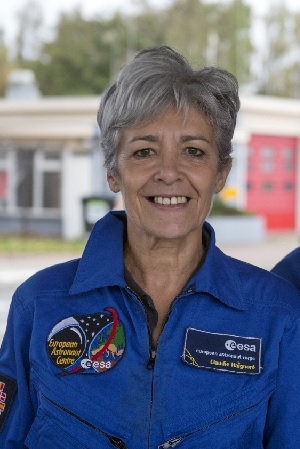 claudie haignere conferenciere astronaute contact booking