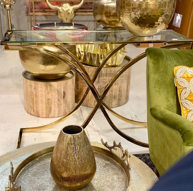 Moderne Glazen Sidetable.Side Tables Consoles Tegenwoordig Onmisbaar In De Interieur