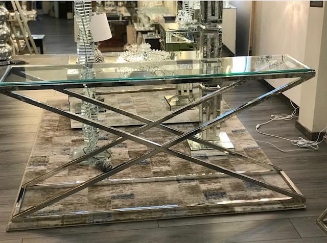 Sidetable Glas Metaal.Side Tables Consoles Tegenwoordig Onmisbaar In De Interieur