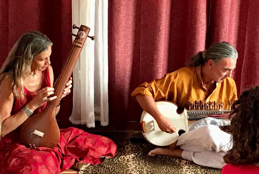 ASHTANGA YOGA INSPIRATION - INDIAN CLASSICAL CONCERT - RETREATEVENT