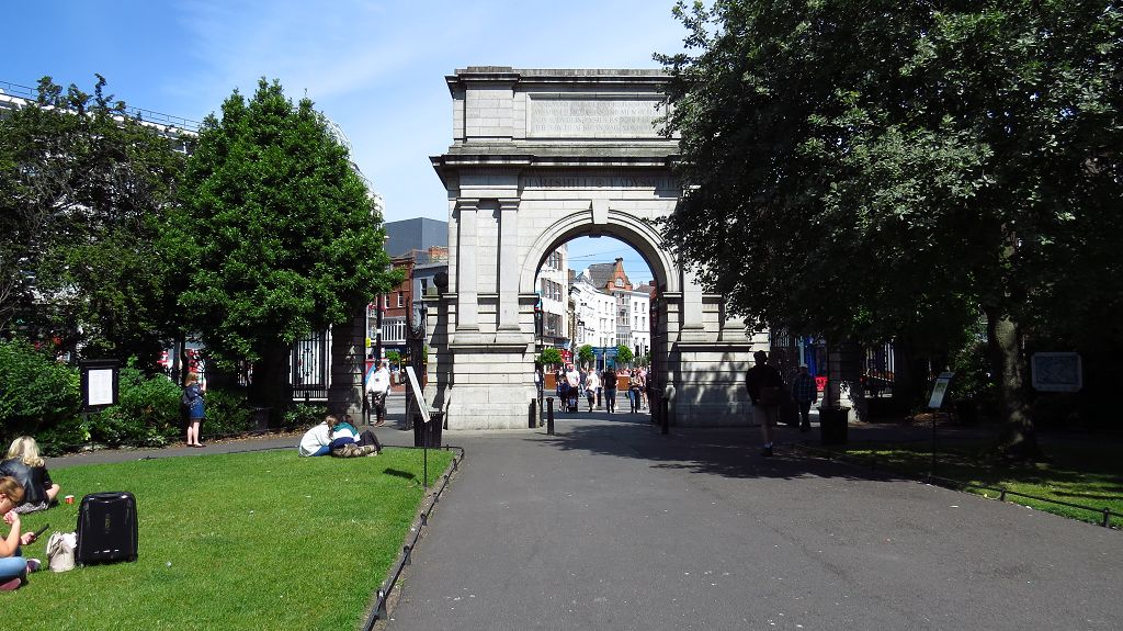 Arch am St. Stephen's Green