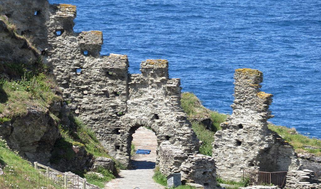 Das sind Reste der Burg Tintagel