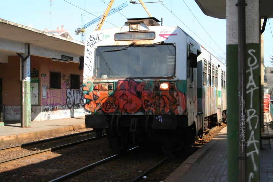 Mit dem Zug geht's in die Stadt...