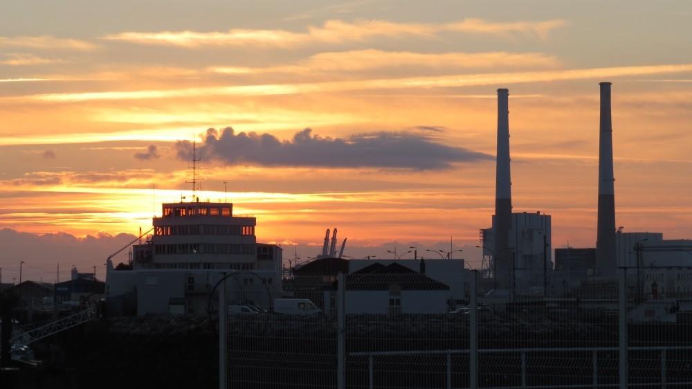 Sonnenaufgang über Industriekultur