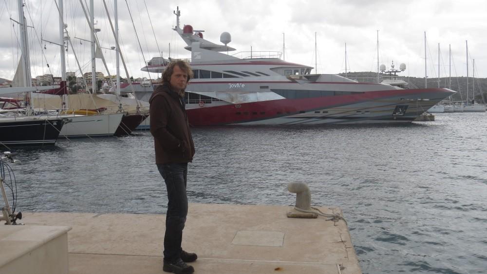 Spaziergang am Yachthafen