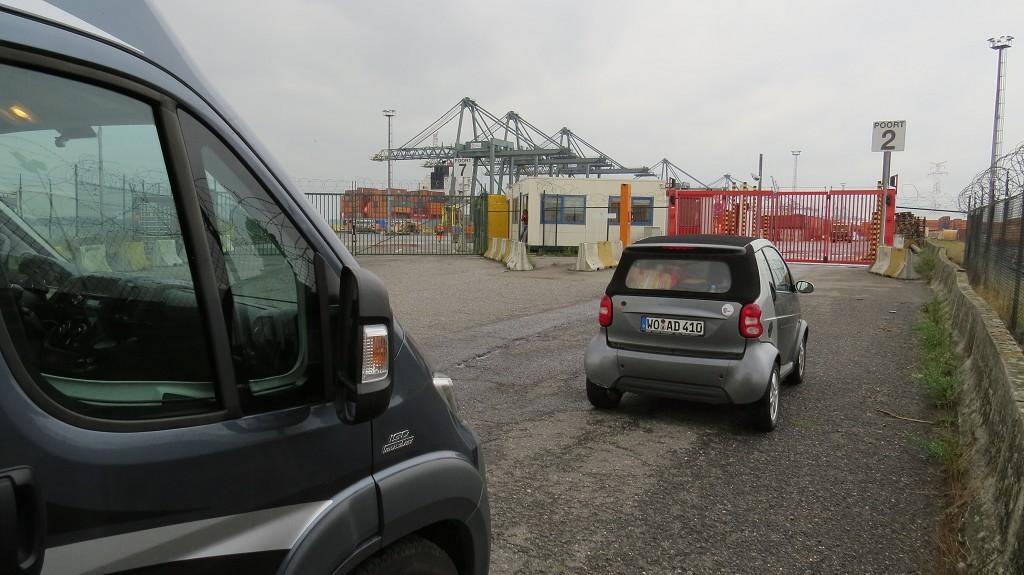 Am nächsten Tag am Hafen 869