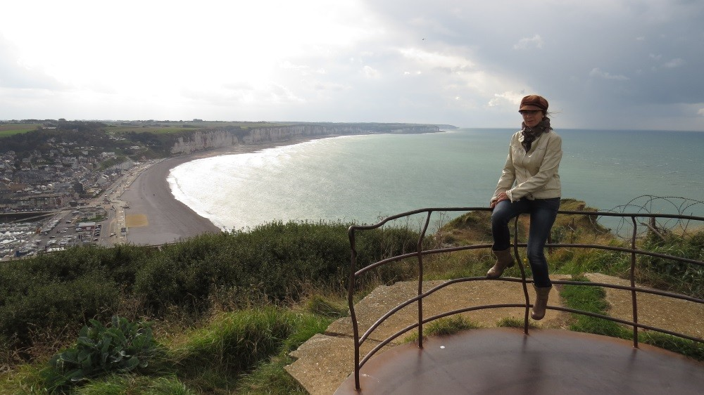 Blick auf Fecamp und die Steilküste