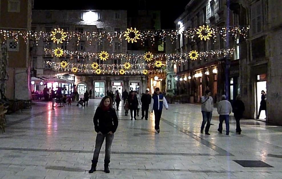 Split im Weihnachtsdekor