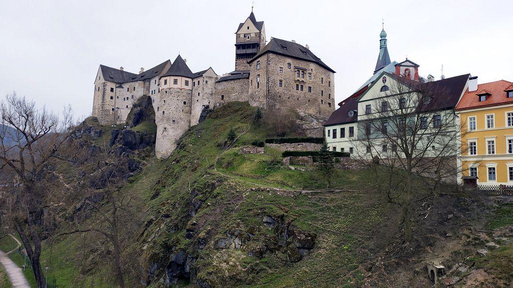 Burg Loket...