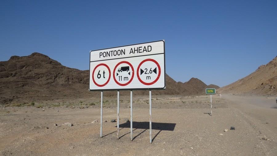 Gleich sind wir an der Grenze zu Südafrika