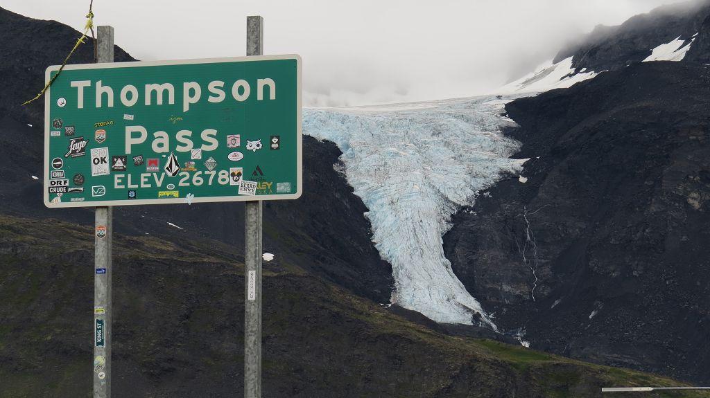...und über den Thompson-Pass
