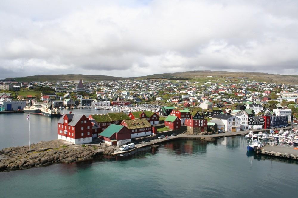 Wir erreichen Torshavn auf den Faroer