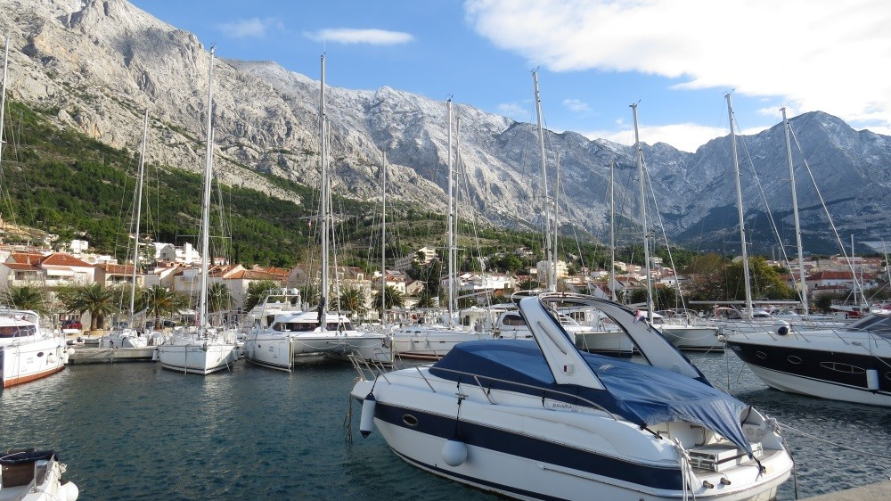 Yachthafen in Baska Voda