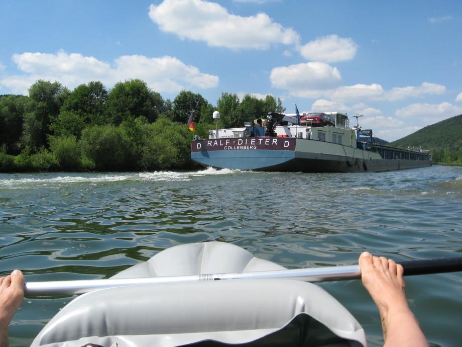 Wacklige Bootsfahrt auf der Altmühl
