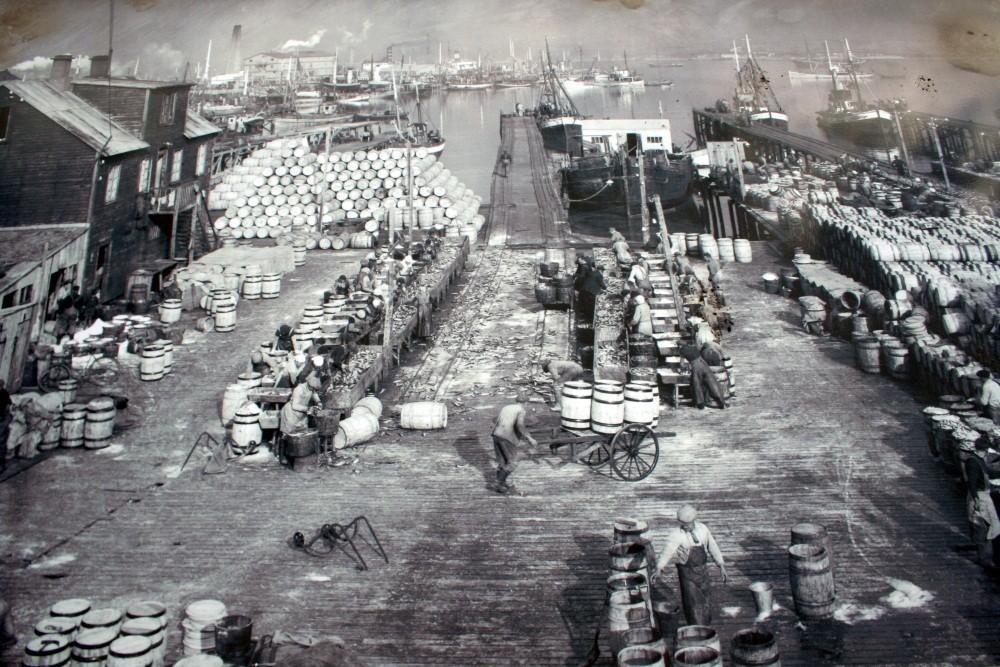 Heringsverarbeitung vor vielen Jahren