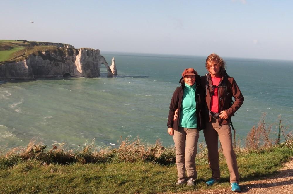 Wir wandern den Küstenweg um Etretat