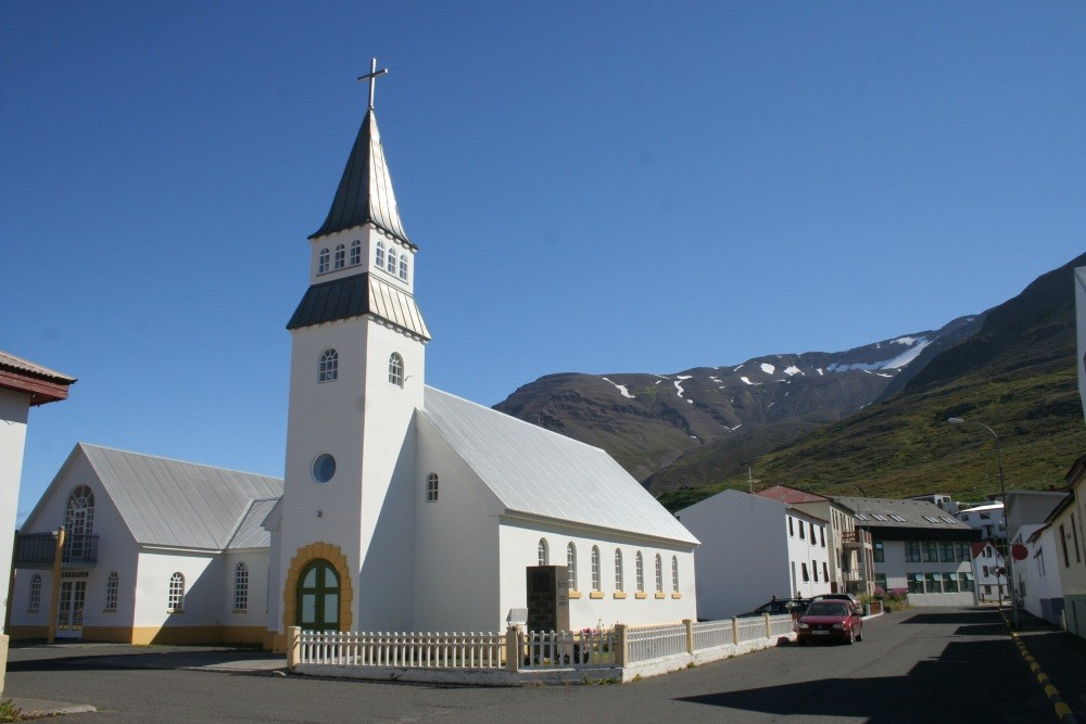 ...mit Kirche