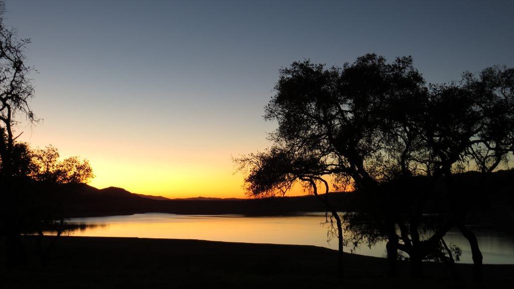 Abendstimmung am Cachuma Lake