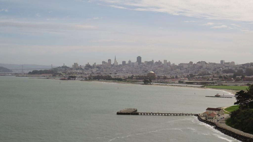 Blick von der Bridge auf San Francisco