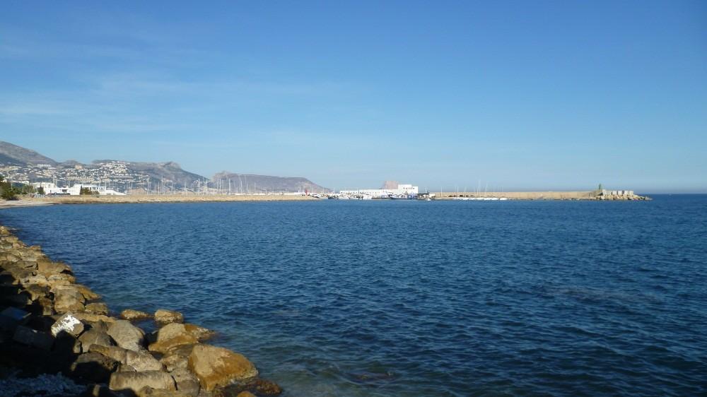 ...zum Hafen...