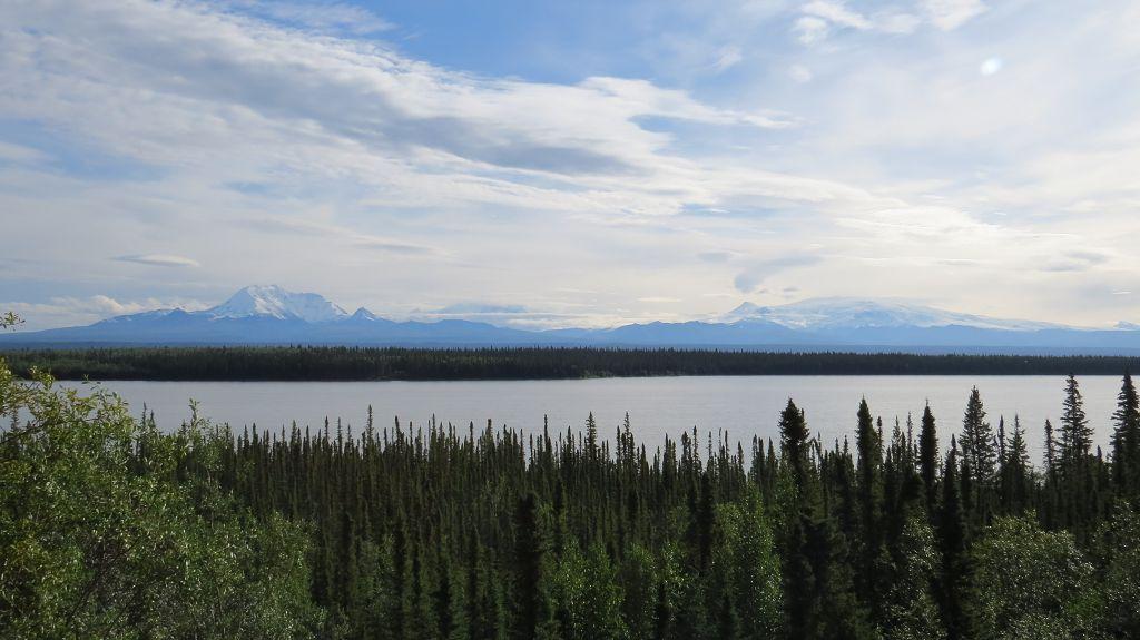 Blick auf die Wrangell-Mountains
