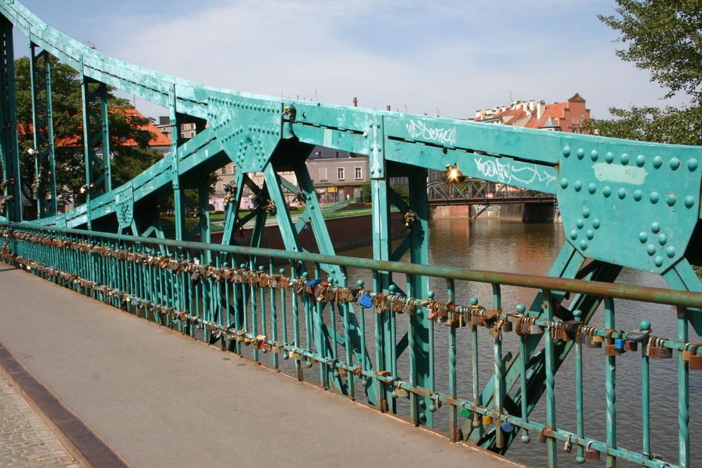 Auf der Dombrücke