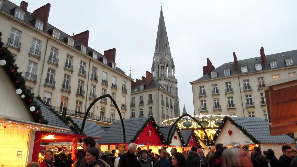 Weihnachtsmarkt auf dem Place Royale