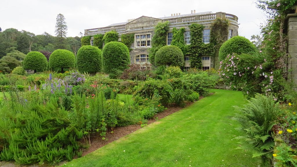 Mount Stewart mit prächtigem Garten