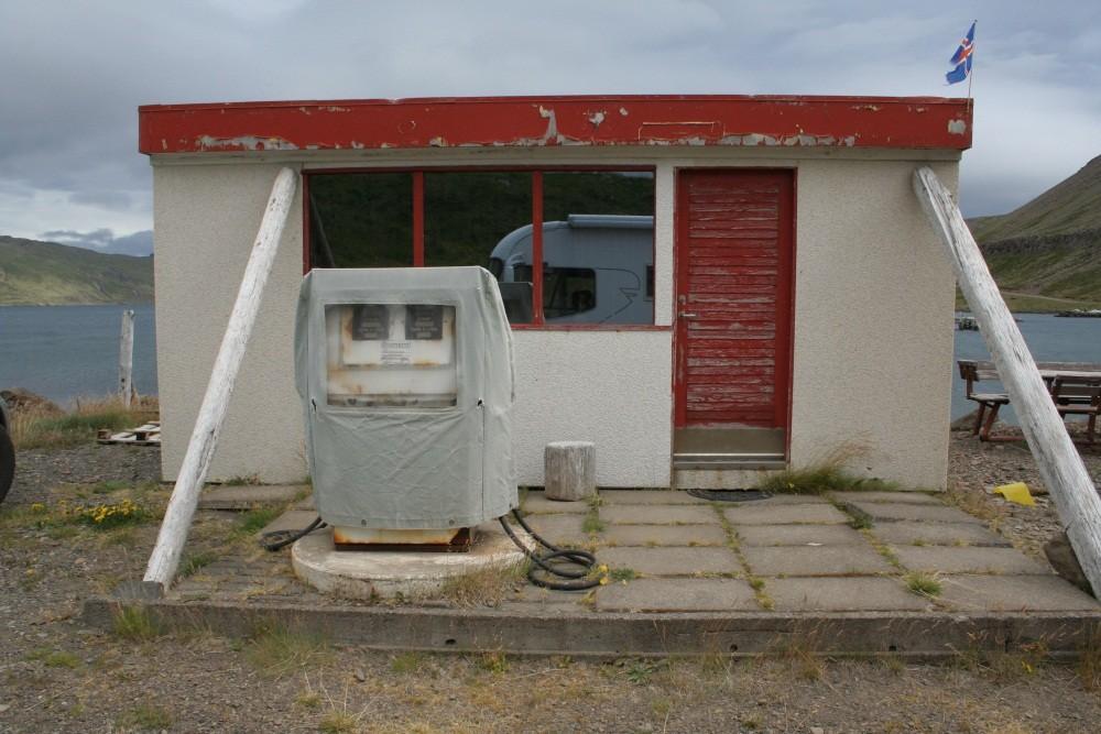 Tankstelle in Djupavik