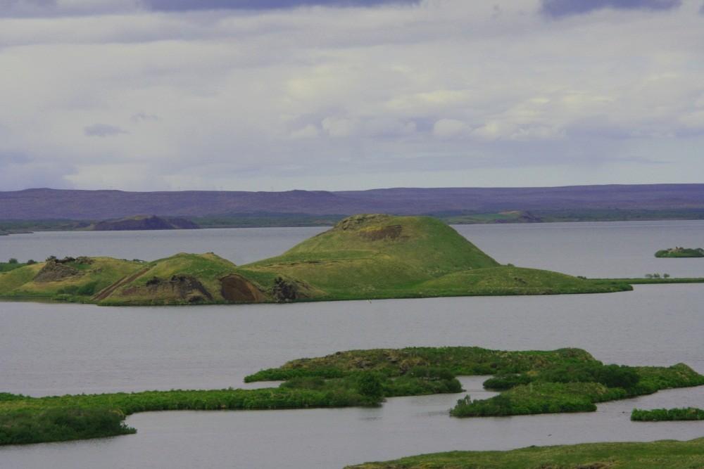 Die Krater Skutustadagigar im Myvatn