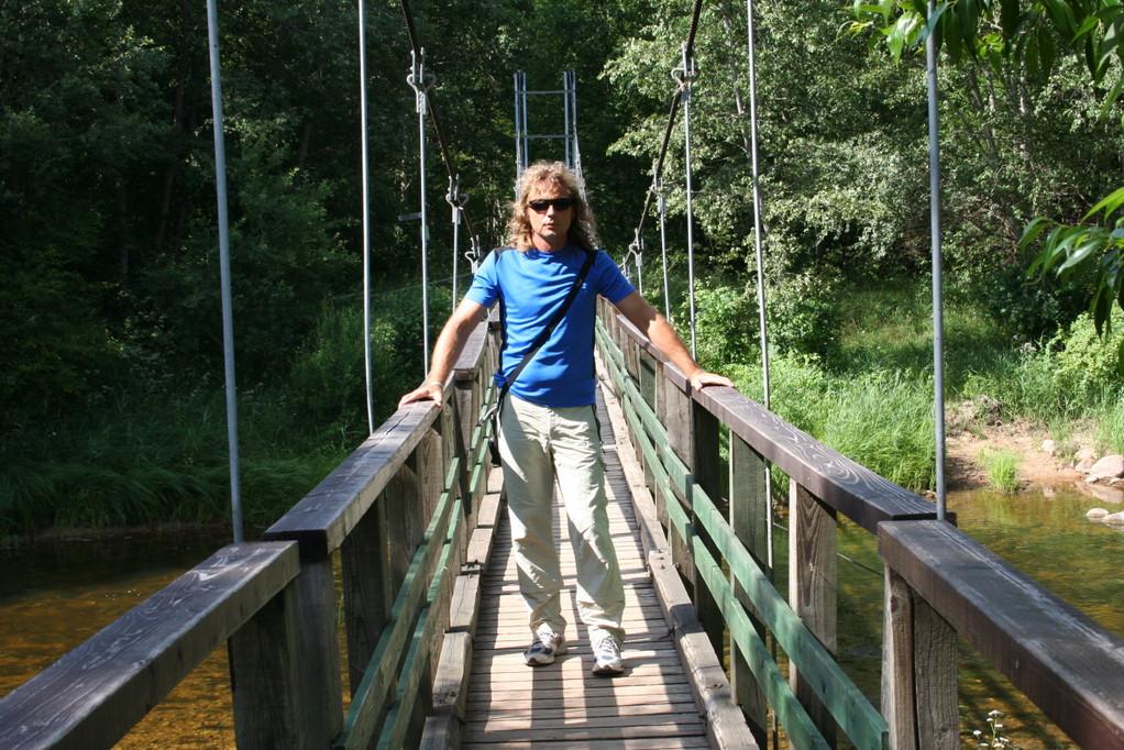 ...über Brücken...