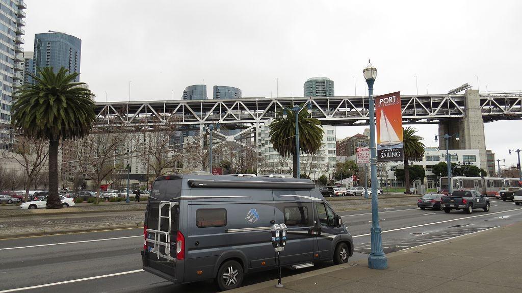Links und rechts der Waterfront