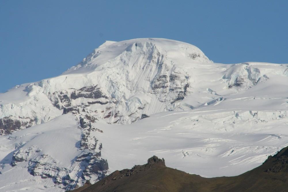 Islands höchster Berg, der Hvannadalshnjuker (2110 m)