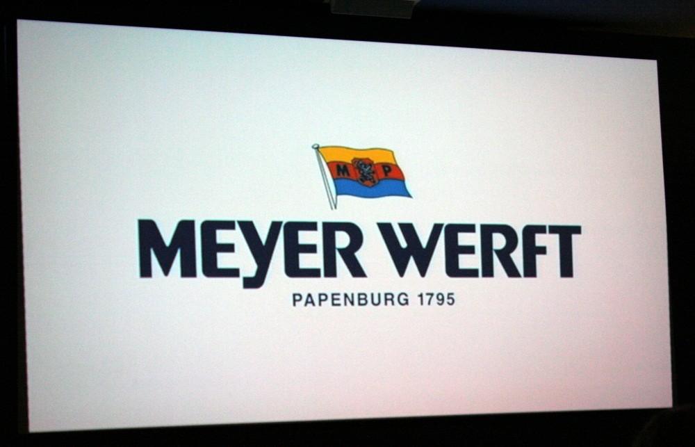 ...zur Meyer Werft