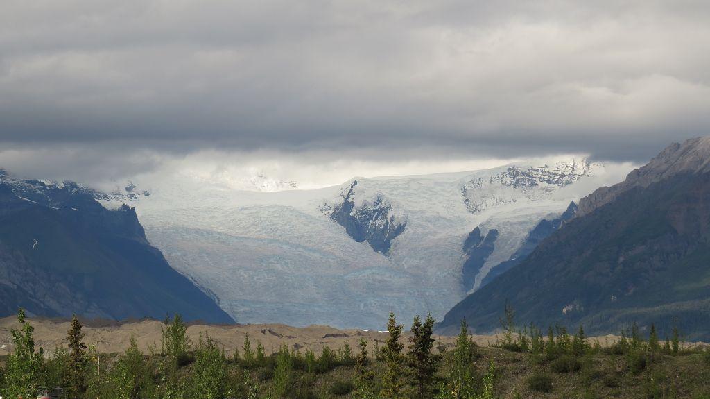Blick auf die Gletscher vom Campground aus