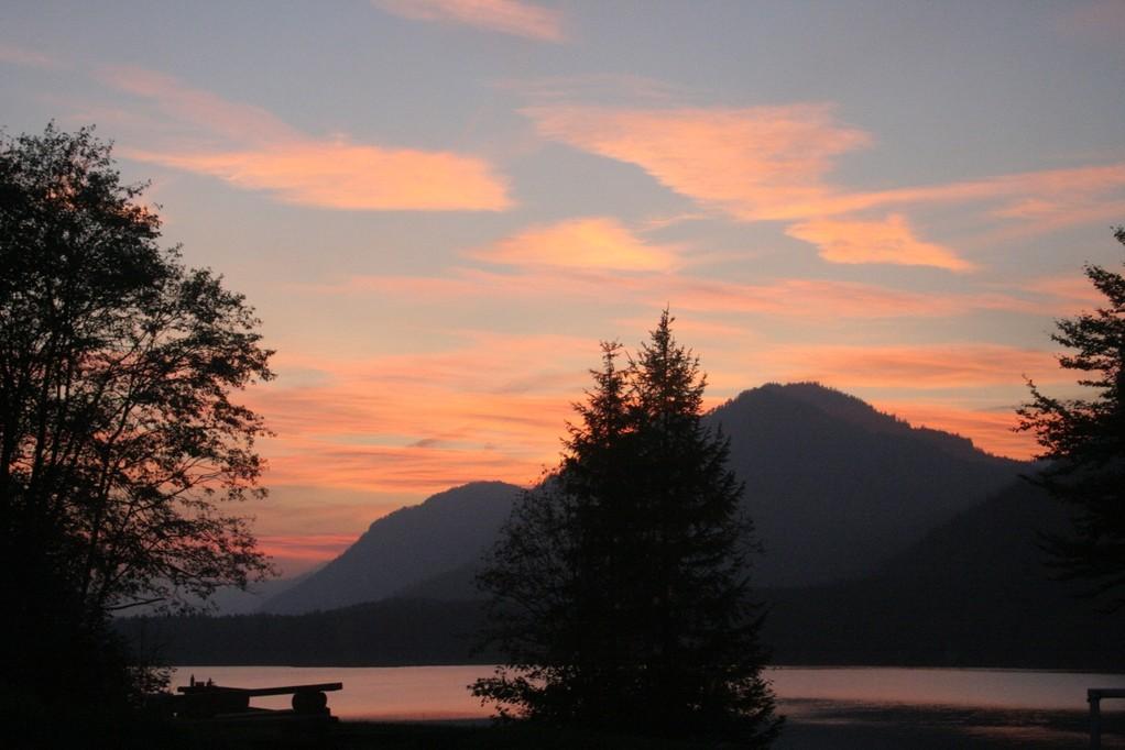 Sonnenuntergang am Sylvensteinsee