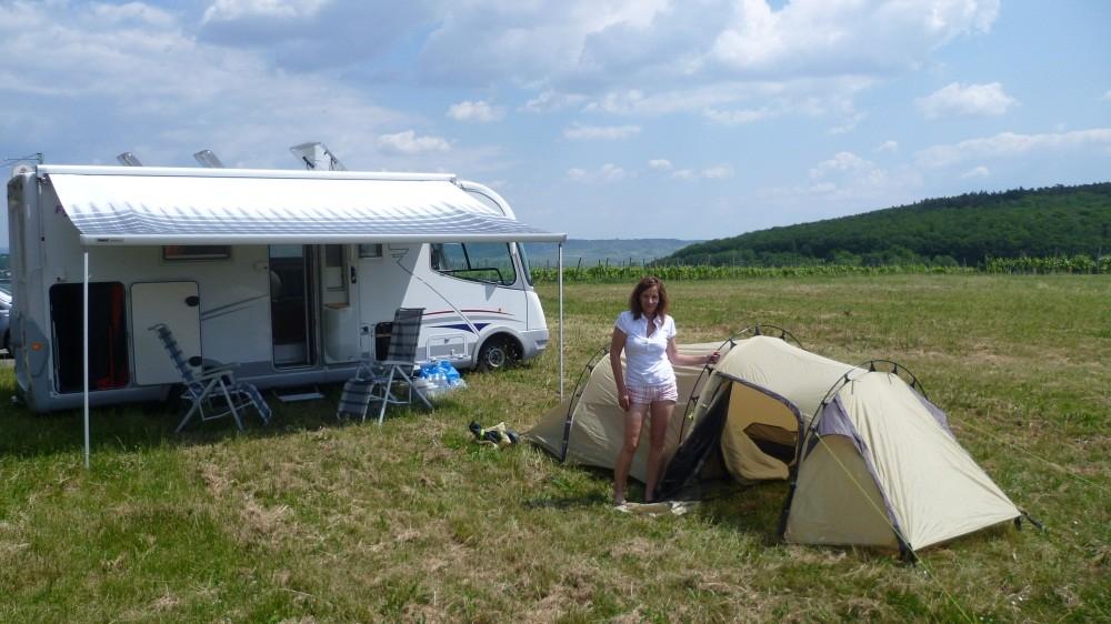Wir bauen unser Island-Zelt auf