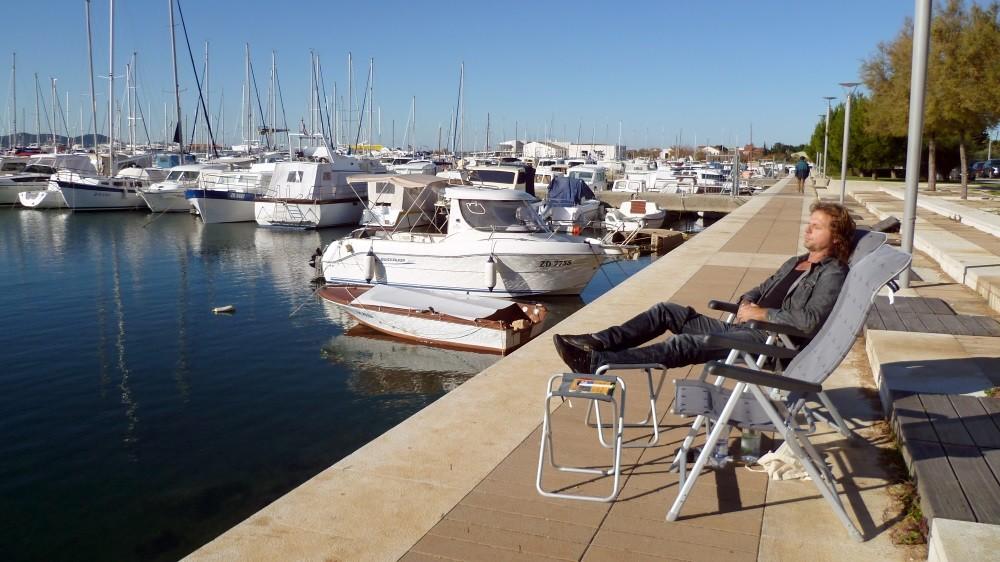 Sonnenbad in Zadar