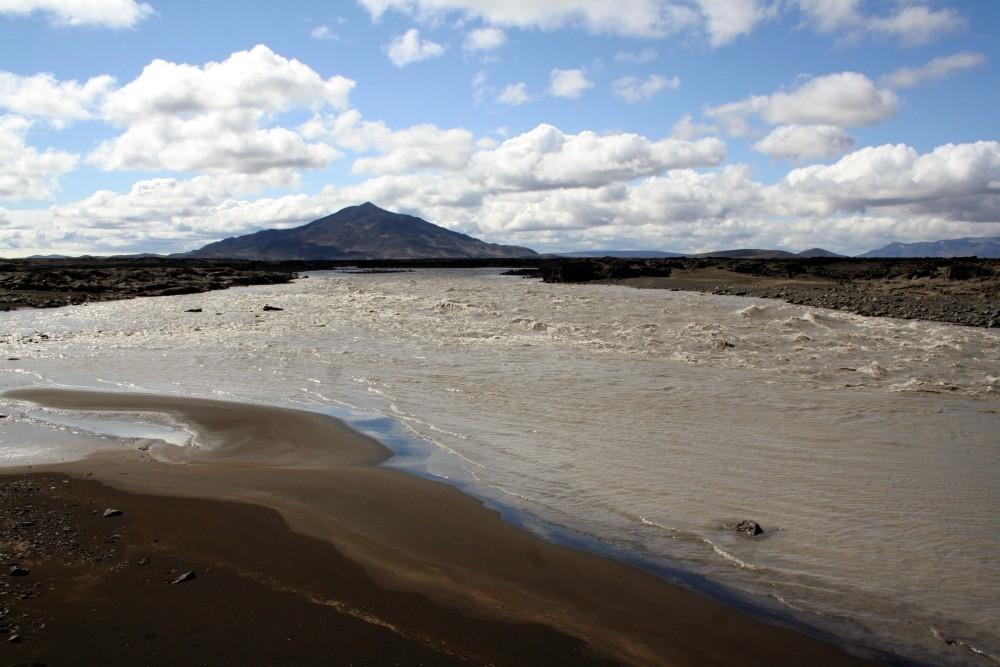 Direkt vom Vatnajökull:  der Fluß Kreppa